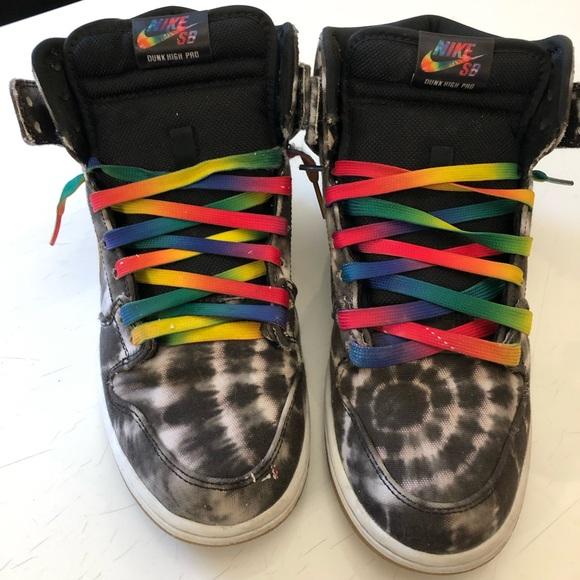 sale retailer ee49b 53fc3 Preowned Nike SB Dunk High tie dye men s 7 w9. M 5c7be114df030753d3b9b74f